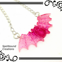 Red Pink Glitter Large Resin Bat Pendant With Silver Tone Chain Necklace. N77