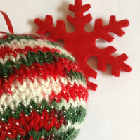 Hand-knitted Christmas baubles