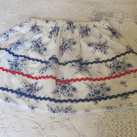 Girl's White and blue skirt to fit 5 yrs