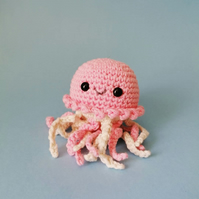 Crochet Jellyfish, Pale Pink
