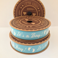 'IT'S A BOY!' BLUE & WHITE 100% COTTON RIBBON 5 METRE SPOOL BABY FOOTPRINTS
