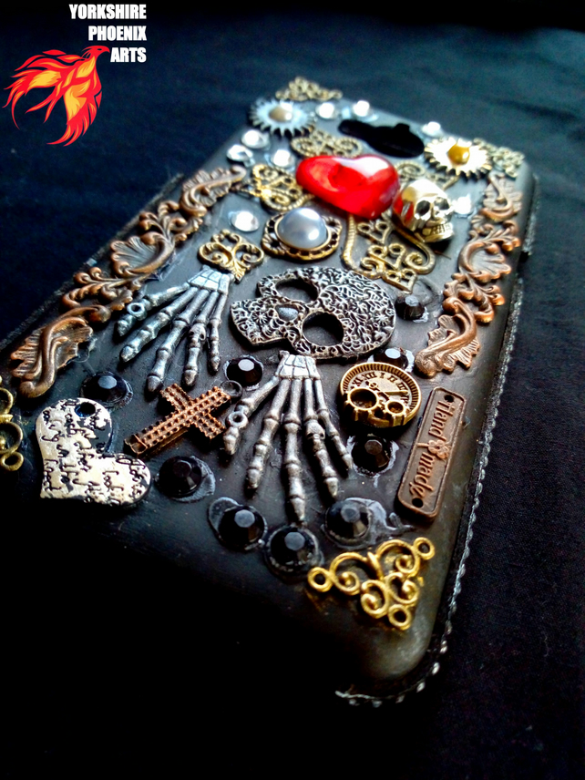 Steampunk, Day of the Dead, Phone case flip cover, magnetic clasp,skulls