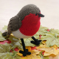 Robin Hand Knitted Collectable Garden Bird Decoration for Christmas