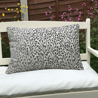 Silver Berry zipped pillow cover