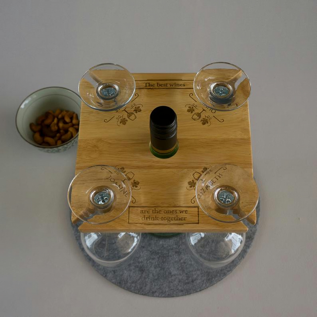 Personalised 4x wine glass and bottle holder. Wooden wine serving tray G21