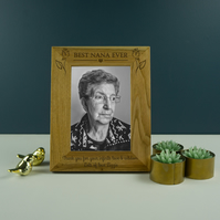 Best nana ever photo frame. Engraved oak picture frame Mothers day gift PF19
