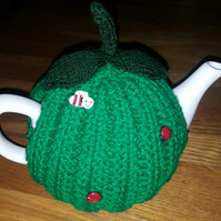 Spring green tea cosy with ladybird and bees