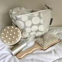 Wash Bag - Grey and White