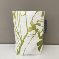 Tin Can Cosy - Green stems