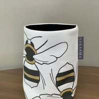 Tin Can Cosy - Large Bees