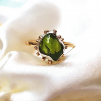 Peridot nugget 9ct Yellow Gold ring, Peridot Gold ring, Natural Peridot ring,