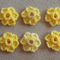 Set of 6 crochet yellow daffodils with sparkle middles for crafts, sew on, cards