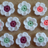 10 crochet multicoloured hand crocheted little flowers for sewing on and crafts
