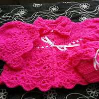 Dress set for babies in pink first size handmade