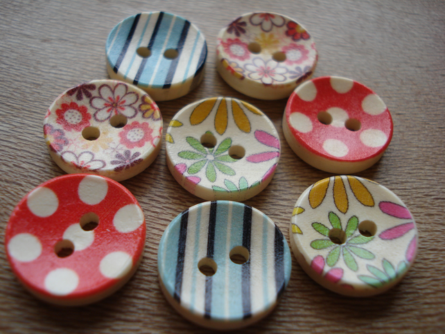 8 Colourful Wooden Buttons - Flowers - Stripes - Polka Dots