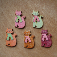 5 Cat Buttons, Animal Buttons, Novely Buttons, Wooden Buttons