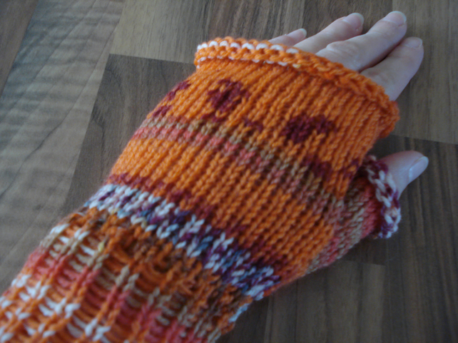 Fingerless Mittens, Fair Isle Effect Wristwarmers, Fingerless Gloves
