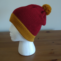 Plum Bobble Hat