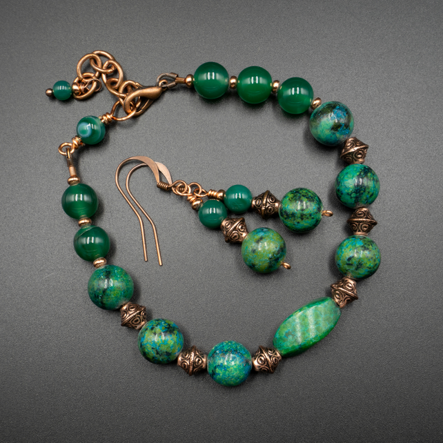 Chrysocolla and copper bracelet and earring set.