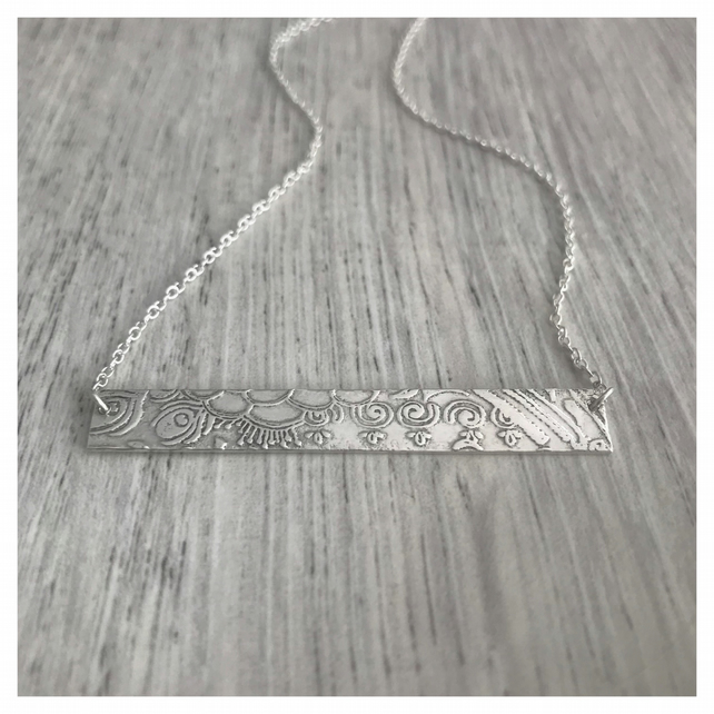 Indian pattern bar necklace in sterling silver