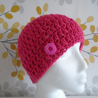 Pink Crochet Beanie, Ladies 1920s Flapper Hat, Crochet Button Hat
