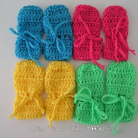 Baby Mittens, Crochet Baby Gloves, Baby Shower Gift, Pushchair Accessory