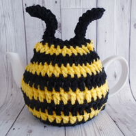 Bee Tea cosy, Bumblebee Gift, Yellow and Black, Kitchen Decor, Tea Lover