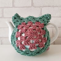 Sparkly Green and Pink Crochet Tea Cosy