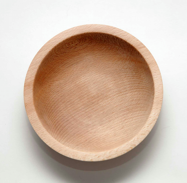 Beech hand-turned wood bowl, 14.5 cm (approx.)
