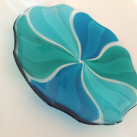 Fused Glass decorative plate, pinwheel design
