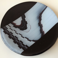 Fused Glass Pattern Shift Shallow Dish, 17cm
