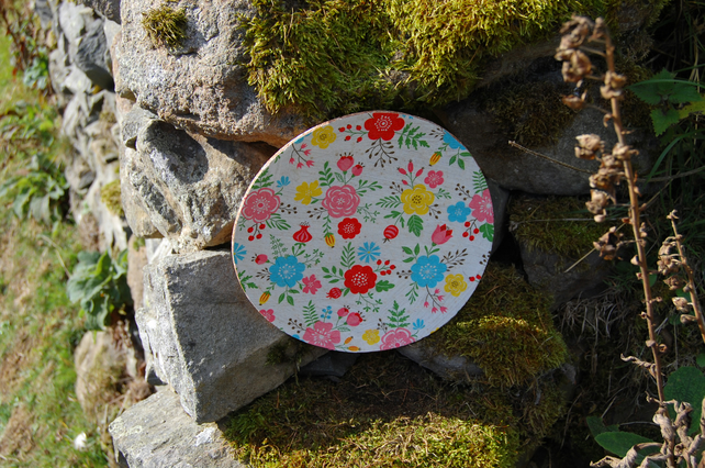 GIANT BRIGHT FLOWERS COASTER - TABLE CENTRE