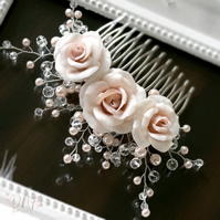 Creamrose Bridal comb, Light rose Wedding comb with pearls and crystals