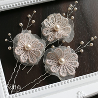 Cream gold hair pins, flower hair pins, Bridal hair pins,
