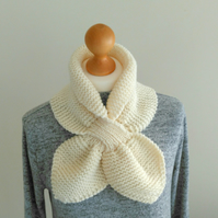 Cream Miss Marple knitted scarf, Vintage style knit winter white neck warmer