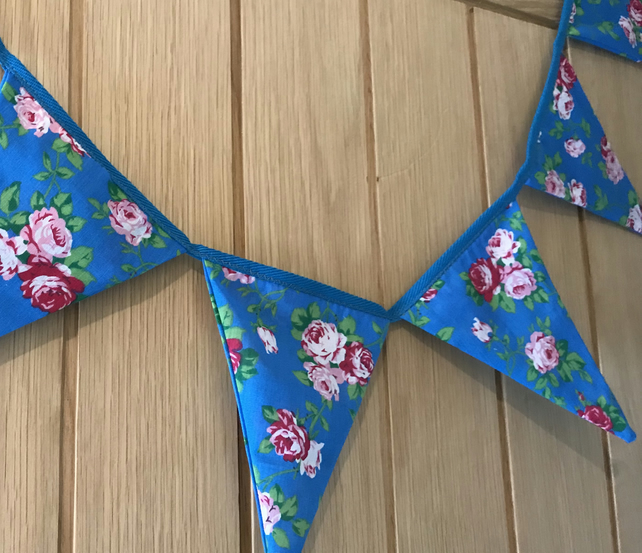 Vintage style fabric bunting