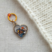 Heart stitch marker for knitting