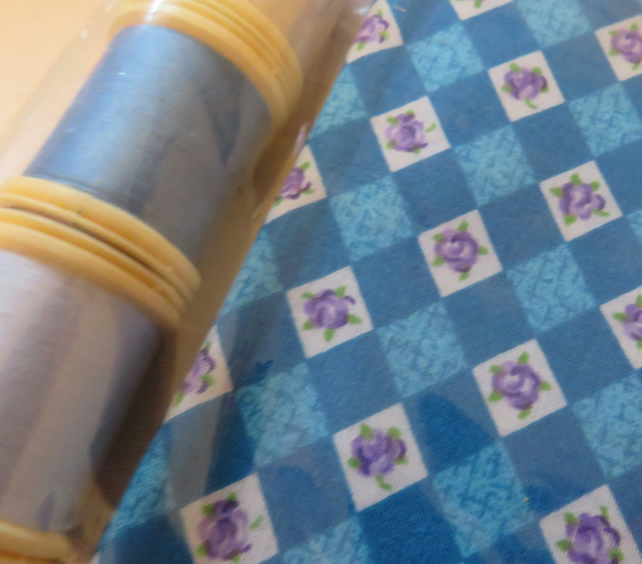 Fabric Fat quarter cotton and 3 threads Ref FY409