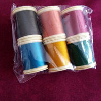 Thread Fabrique en France 100% Cotton 100mts 6 Colours  Ref FY492