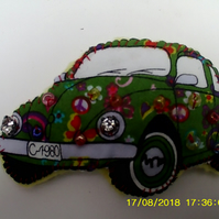 VW STYLE BEETLE CAR FELT AND BEADED BROOCH