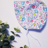 Handsewn Baby Bonnet Brimmed - Floral White. Lace. Reversible