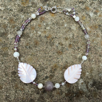 Mother of pearl & blue agate glass bead leaf bracelet