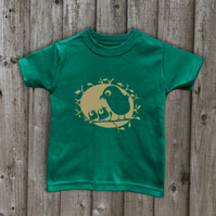 FEEDING BIRDS  Kid's T shirts in 7 colours Age 1-6 yrs