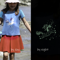 UNICORN Glow in the dark T Shirt