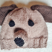 Baby's novelty knitted puppy hat