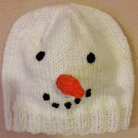 Baby's novelty knitted snowman hat