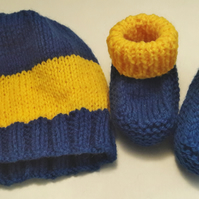 Hat and bootee baby's set in blue and gold striped pattern