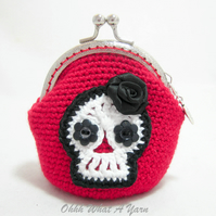 Red and black crochet skull coin purse