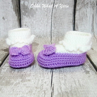 Crochet lilac and white baby Mary Jane shoes, booties, boots - Age 0-3 months