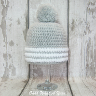 Chunky children's grey and white bobble hat, beanie - Age 1-2 years approx
